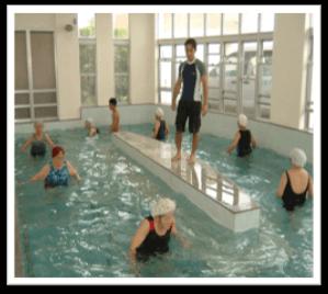 歩行訓練用の回廊型プール